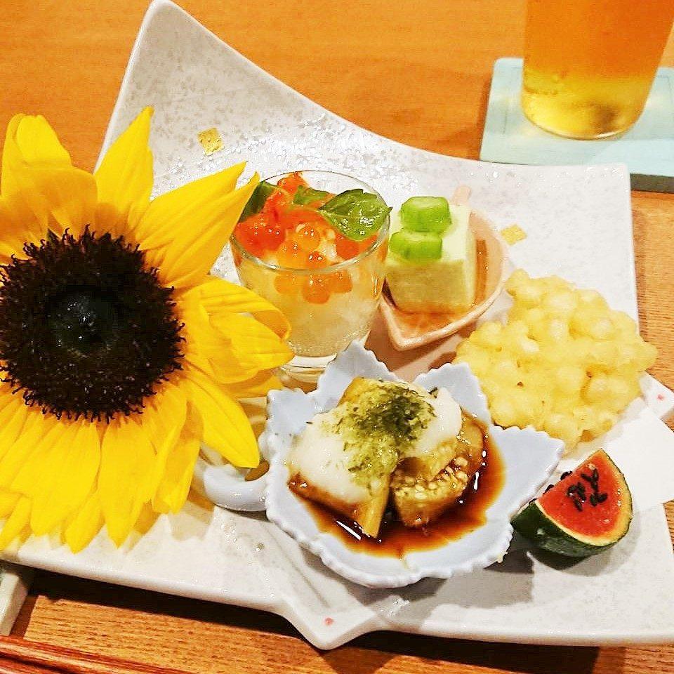前菜 枝豆豆腐・コーンの天ぷら・いくらとエビの一口丼・明太子ゼリーのすだち詰め・焼きナス