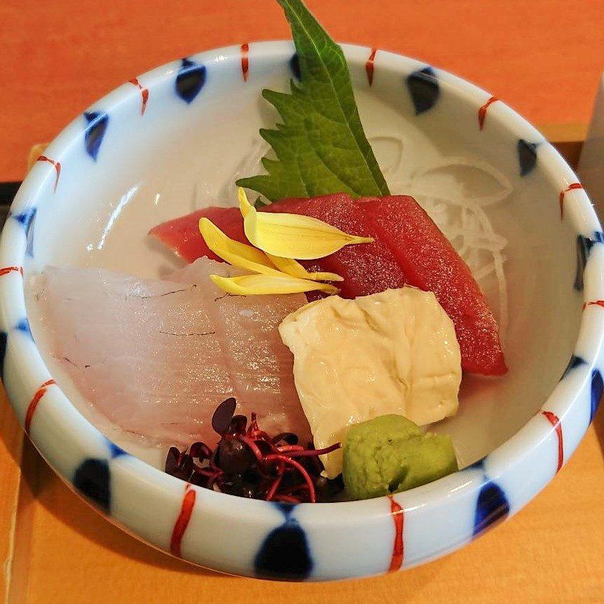 和食ランチの刺身盛り合わせ